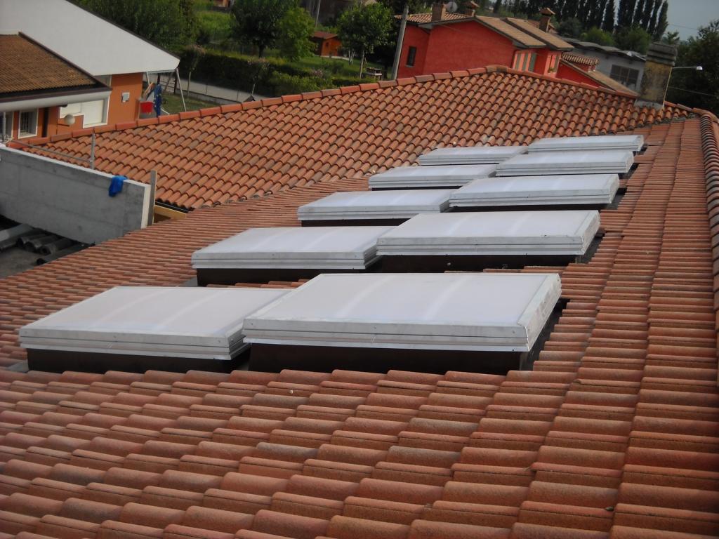 Civer snc installazione evacuatori di fumo legnago for Civer coperture