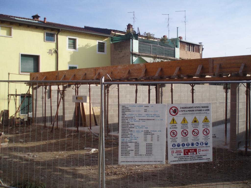 COSTRUZIONE GARAGE E COPERTURE PER GARAGE  CIVER COPERTURE Verona  Coperture edili e tetti