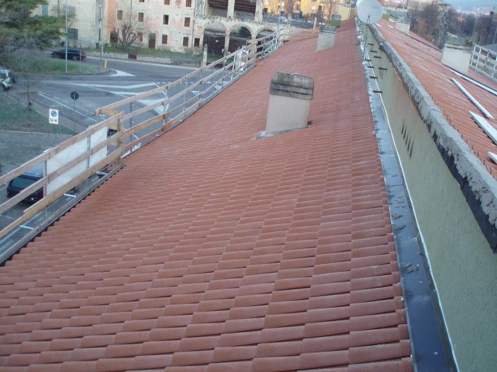Coperture tetti condomini civer coperture verona for Civer coperture